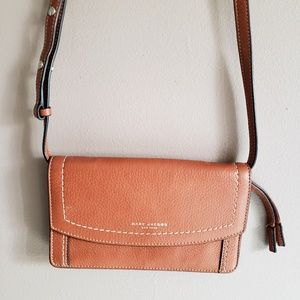 Marc Jacobs New York Leather Crossbody Wallet